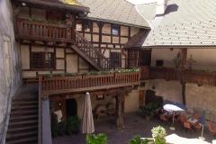 02-schattenburg-InnenhofDSC03368